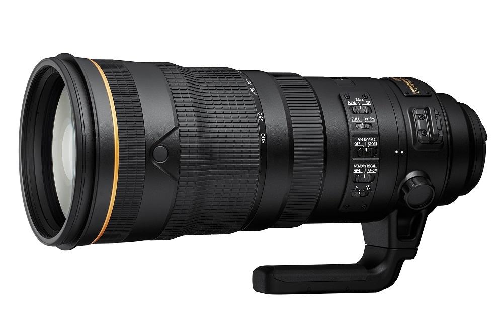 انطلقوا إلى قلب الحدث مع عدسات NIKKOR 120-300mm f/2.8E FL ED SR VR