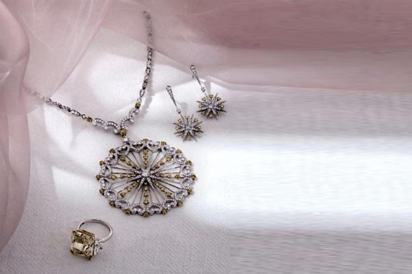 تميزي وتألقي بمجوهرات دار GARRARD خلال شهر رمضان المبارك