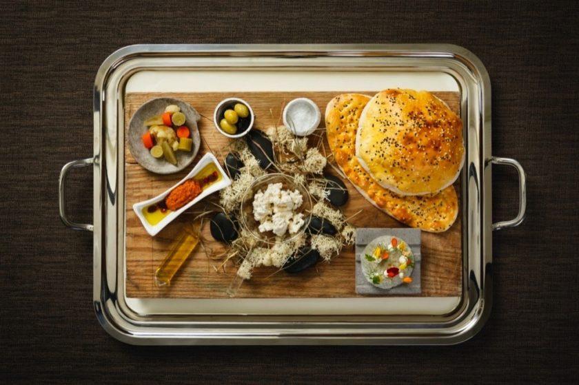 """مطعم """"إنيغما"""" يُطلق برانش من وحي الأطباق الفارسية-البيروفية"""