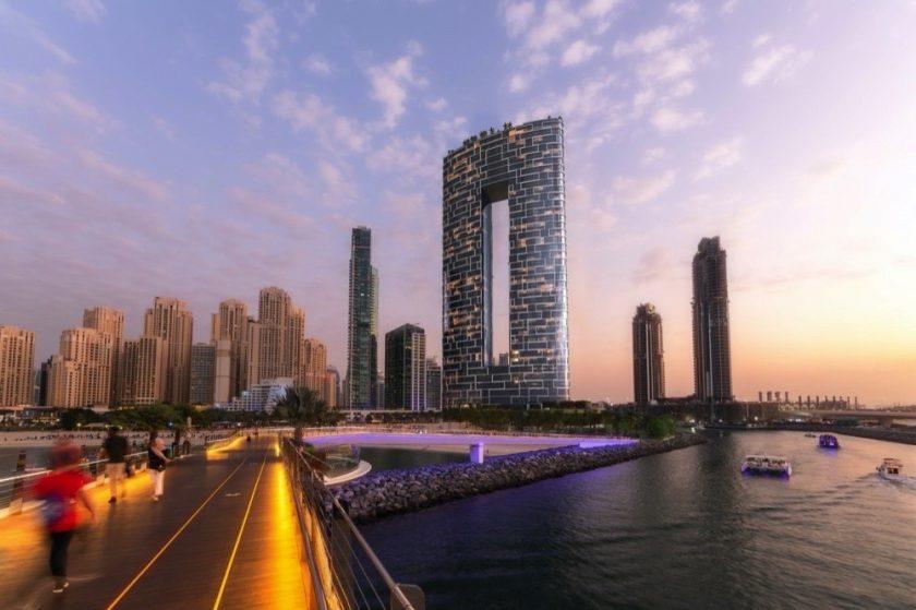 تراجع سعر الدولار ينعش مبيعات العقارات في دبي