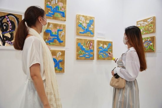 WORLD ART DUBAI ELEVATES THE LOCAL ART SCENE