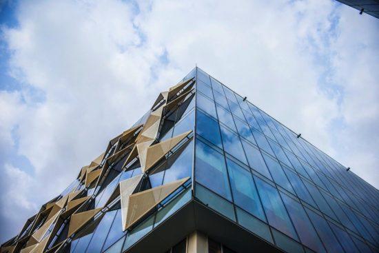 """انطلاق فعاليات """"الملتقى الإقليمي للهندسة المعمارية"""" في حي دبي للتصميم"""