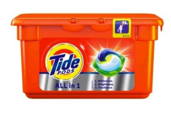 TIDE PODS SOLVE ALL YOUR LAUNDRY DILEMMA'S IN ONE MIGHTY WASH