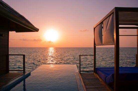 سافر إلى جزر المالديف لقضاء عطلة عائلية مليئة بالبهجة
