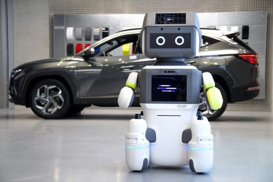 Hyundai Motor Group Introduces Advanced Humanoid Robot 'DAL-e'