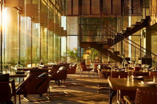 فندق رينيسانس داون تاون دبي يقدم تجارب طعام مذهلة تفوق التوقعات