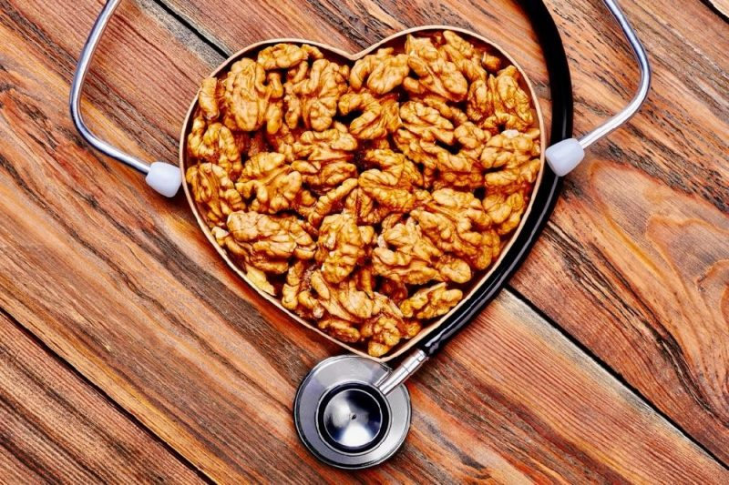 Harvard researchers use machine learning to study health impacts of walnuts