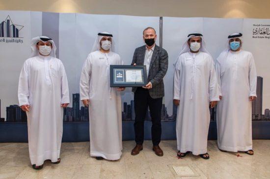 15 مؤسسة مختلفة تفوز بجوائز التميز العقاري في إمارة الشارقة