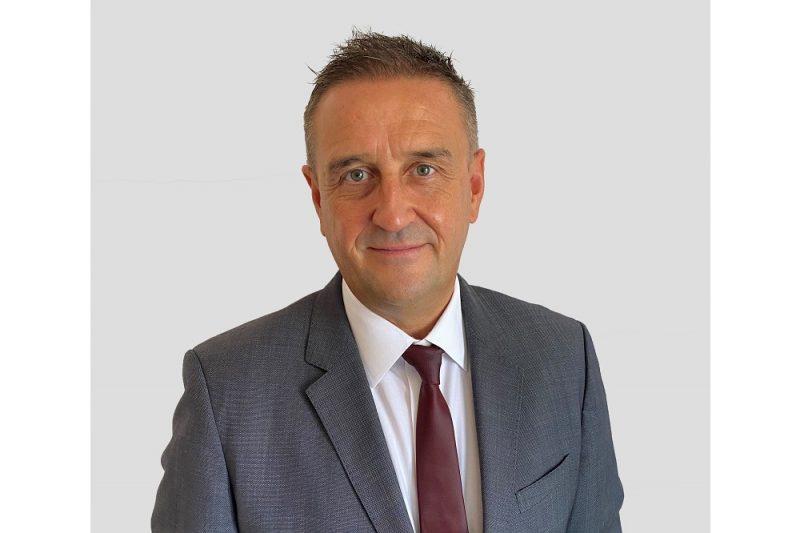 جوناثان ساندرسون يتولى قيادة مكتب درايفر تريت في سلطنة عمان