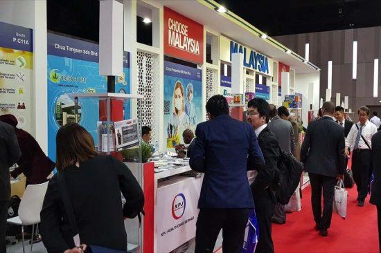 ماليزيا تستعرض خبرتها في مجال الرعاية الصحية وسوق القفازات الجراحية