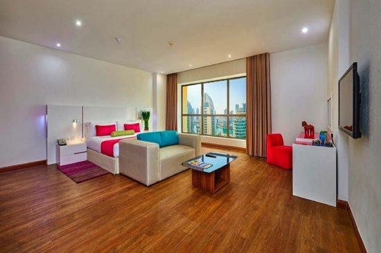 مغامرات الصيف بانتظارك في فندق وأجنحة رمادا باي ويندهام جي بي آر